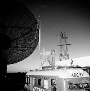 ABC TV CREW AT PARKES NSW DURING OUR WORLD BROADCAST